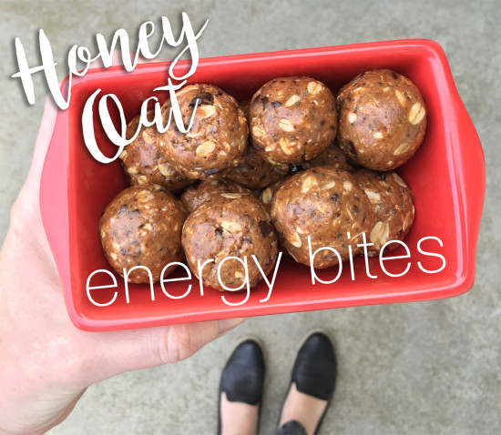 Oats, flaxseed, chocolate chip, honey, almond butter, vanilla, breastfeeding, pregnant, mommies, quick, on the go, snack, gym snack, health, low-calorie, diet, low-fat, energy bite