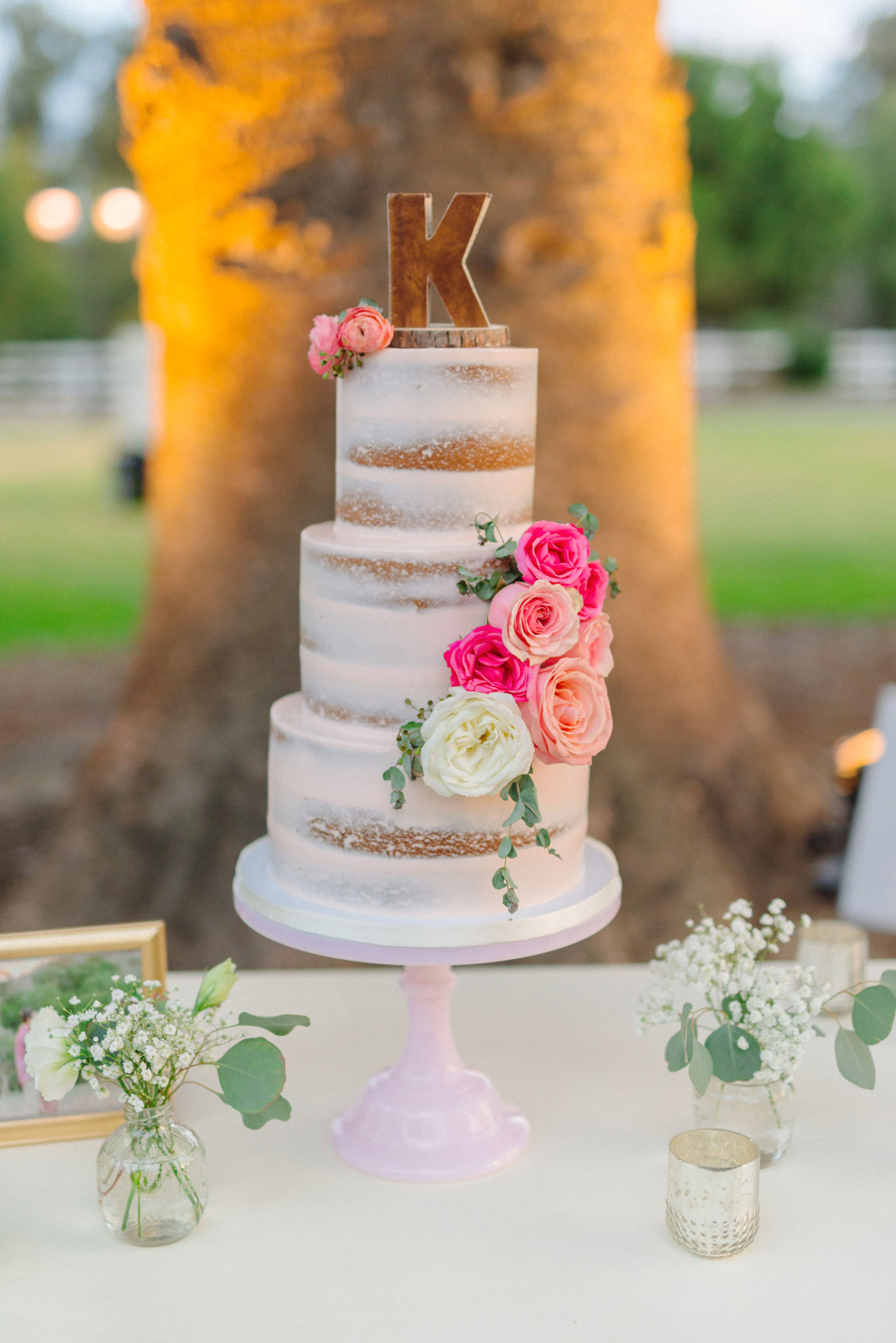 rustic,country,ranch,semi,naked,semi-naked,wedding,cake,pink